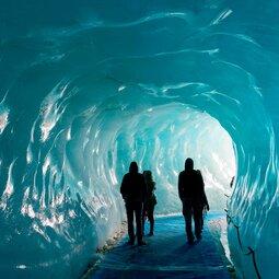 Glaciologie : un conte au cœur de la montagne